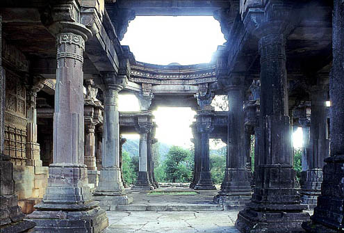 Of Rock Tombs Cave Temples And The Architecture Of